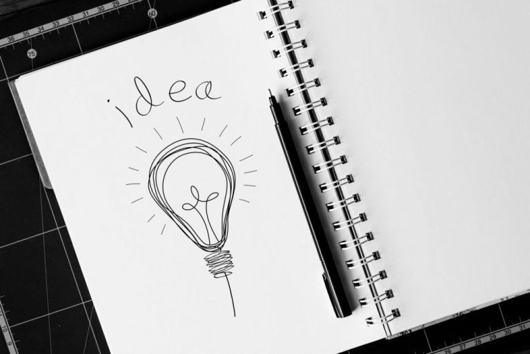 Idea_lightbulb_SideWalk